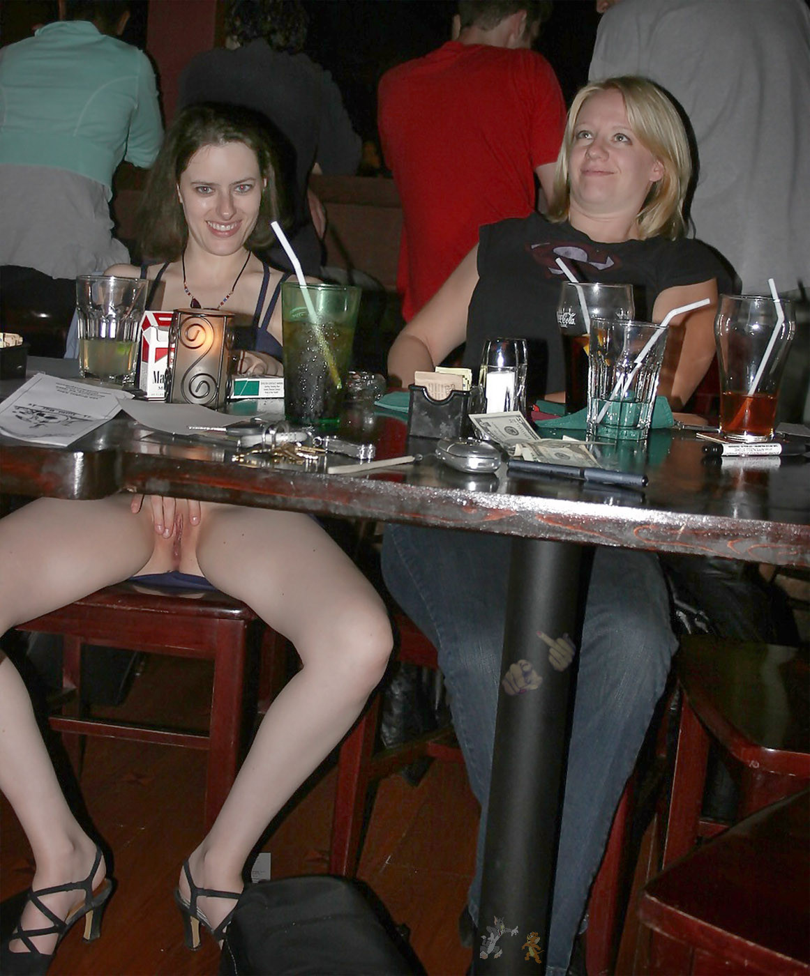 Upskirt no panties party