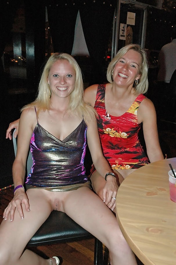 mom daughter nude at public