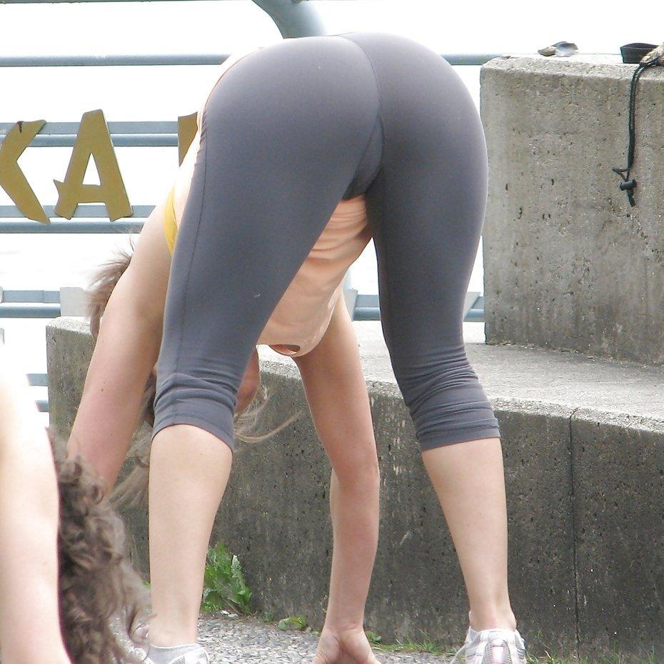 in yoga amateur Girls pants mature