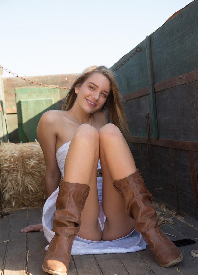Farmer daughter pussy, heart evangelista sex pics